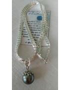 Nos colliers en acier inoxydables et leurs perles de Tahiti.